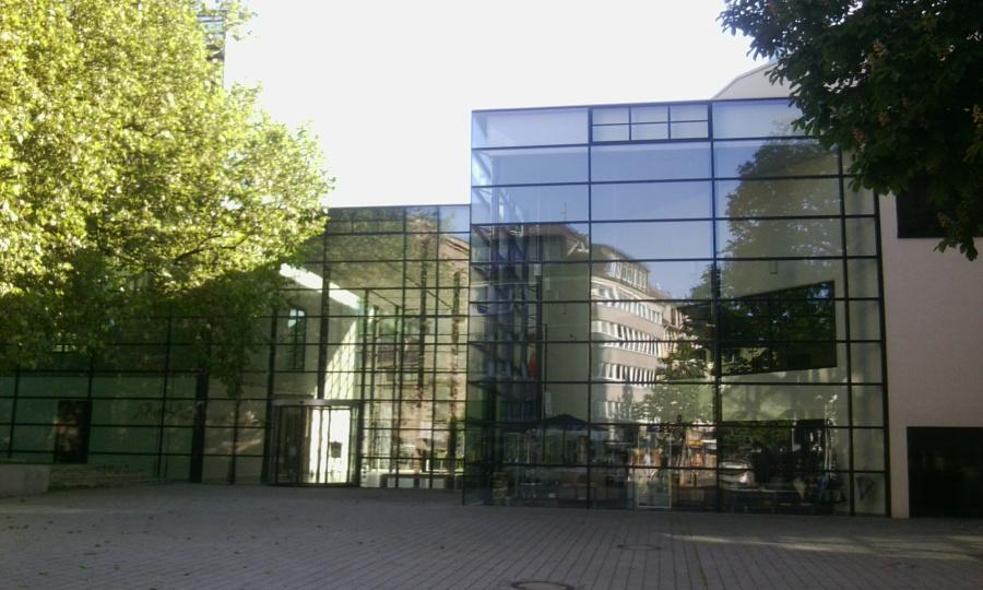ÖFFENTLICHE FÜHRUNG IM EMIL SCHUMACHER MUSEUM