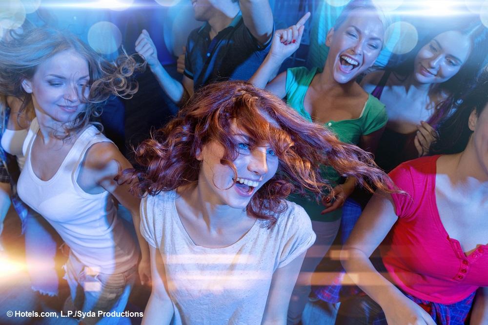Hotels.com Studie: Jungesell(inn)enabschied wird immer beliebter und teurer