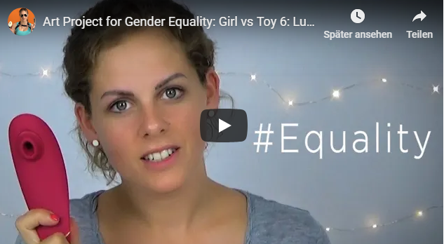 Toy girl vs Girls' toys