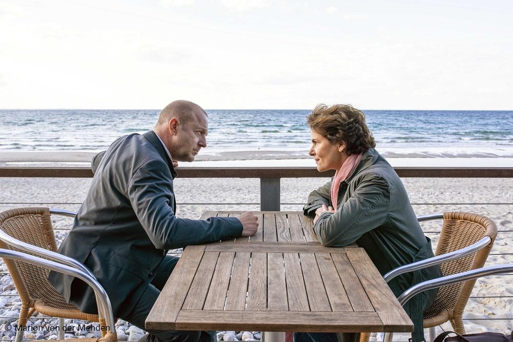 """""""Das Mädchen am Strand"""": ZDF dreht Zweiteiler mit Heino Ferch und Barbara Auer"""