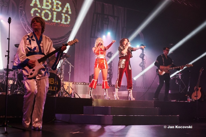 Presse Abba_Gold_live9 © Jan Kocovski