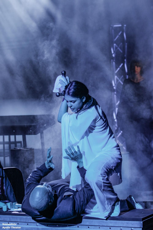 Ich atme gerne Sauerstoff - Szenenfotos.Apollo-Theater (2)
