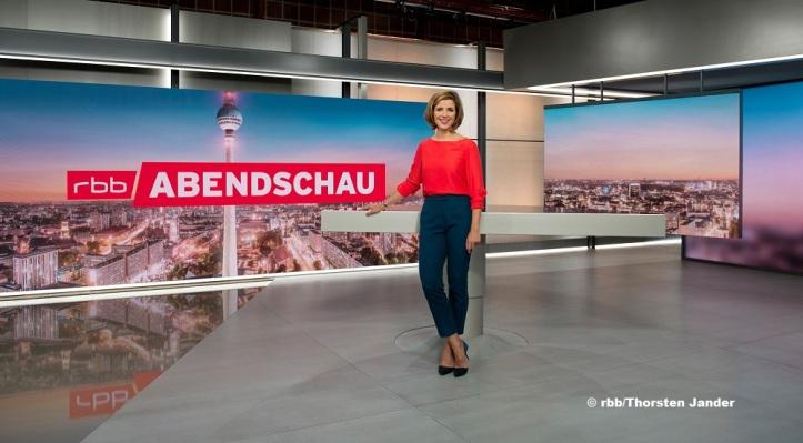 "Eva-Maria Lemke im Studio der rbb-""Abendschau"""