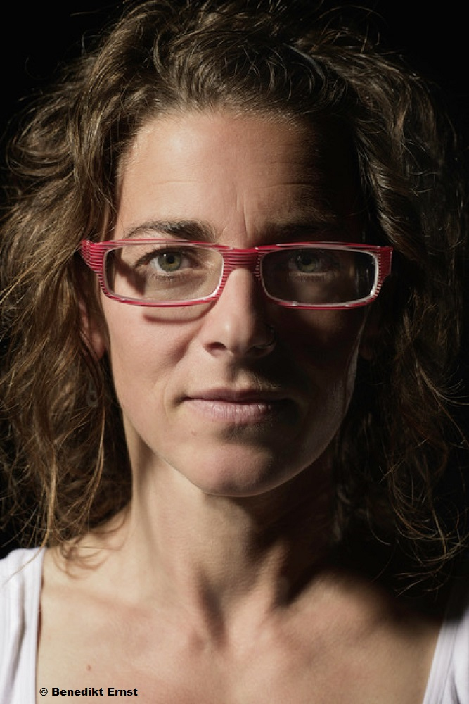 """Krimifestival """"Mord am Hellweg"""" – Katja Bohnet zu Besuch in Hagen anlässlich der Anthologie"""