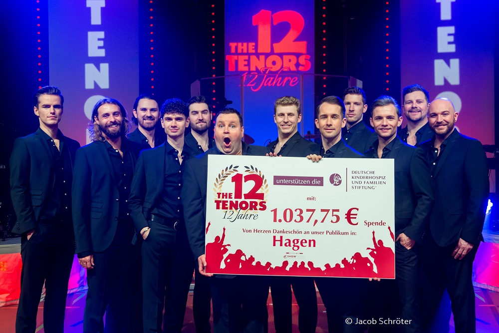 THE 12 TENORS GASTIERTEN IN HAGEN – PUBLIKUM ZEIGT VIEL HERZ