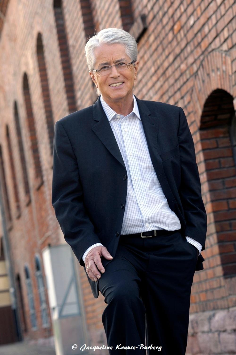 Frank Elstner unterstützt neue Parkinson Stiftung