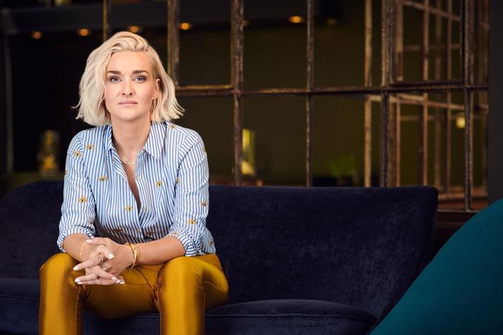 """Neu in ZDFneo: """"Late Night Alter"""" mit Ariane Alter"""