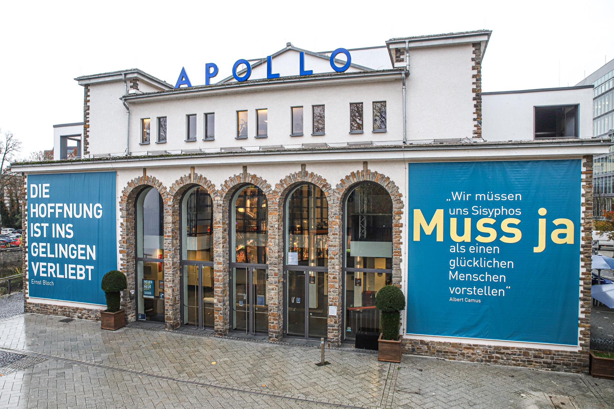 Camus als Ermutigung – an der Apollo-Fassade